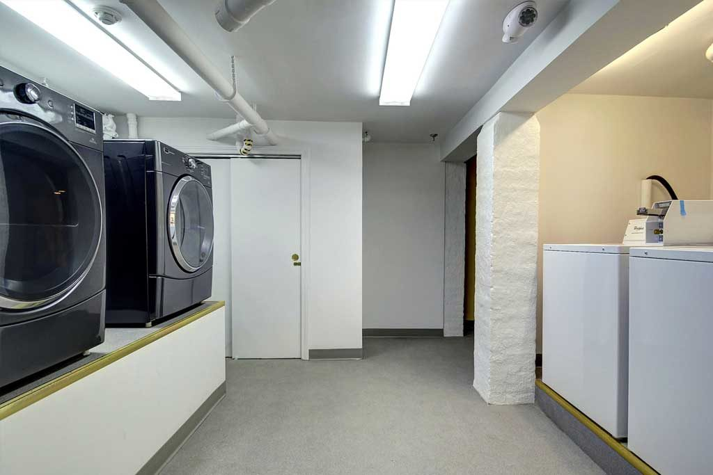 sober house laundry room